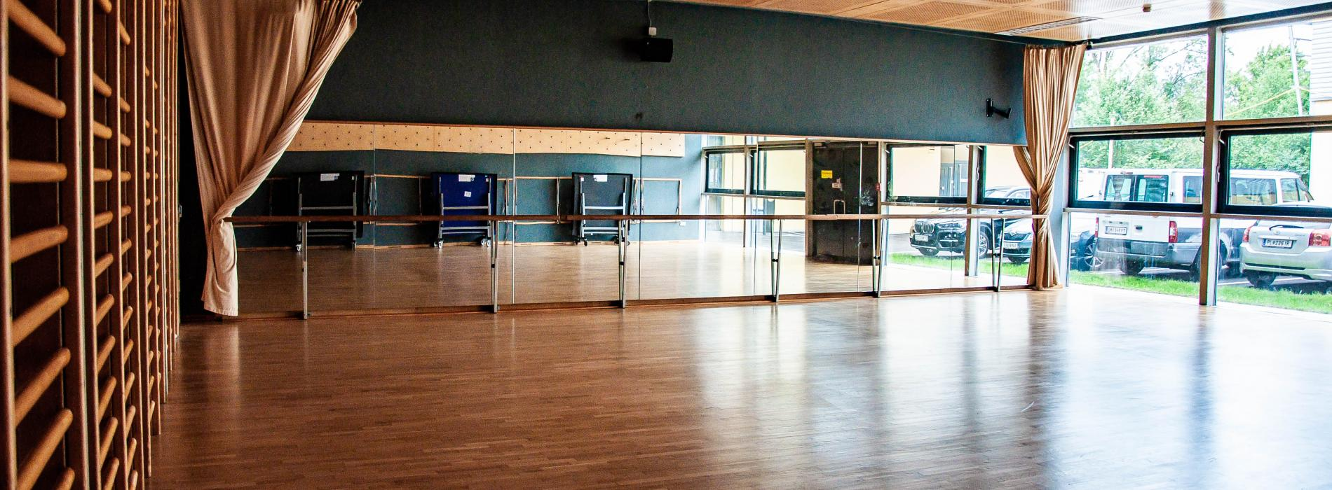 artistic gymnastics room