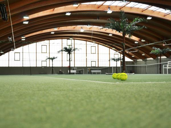 Wintersaison Tennisangebote