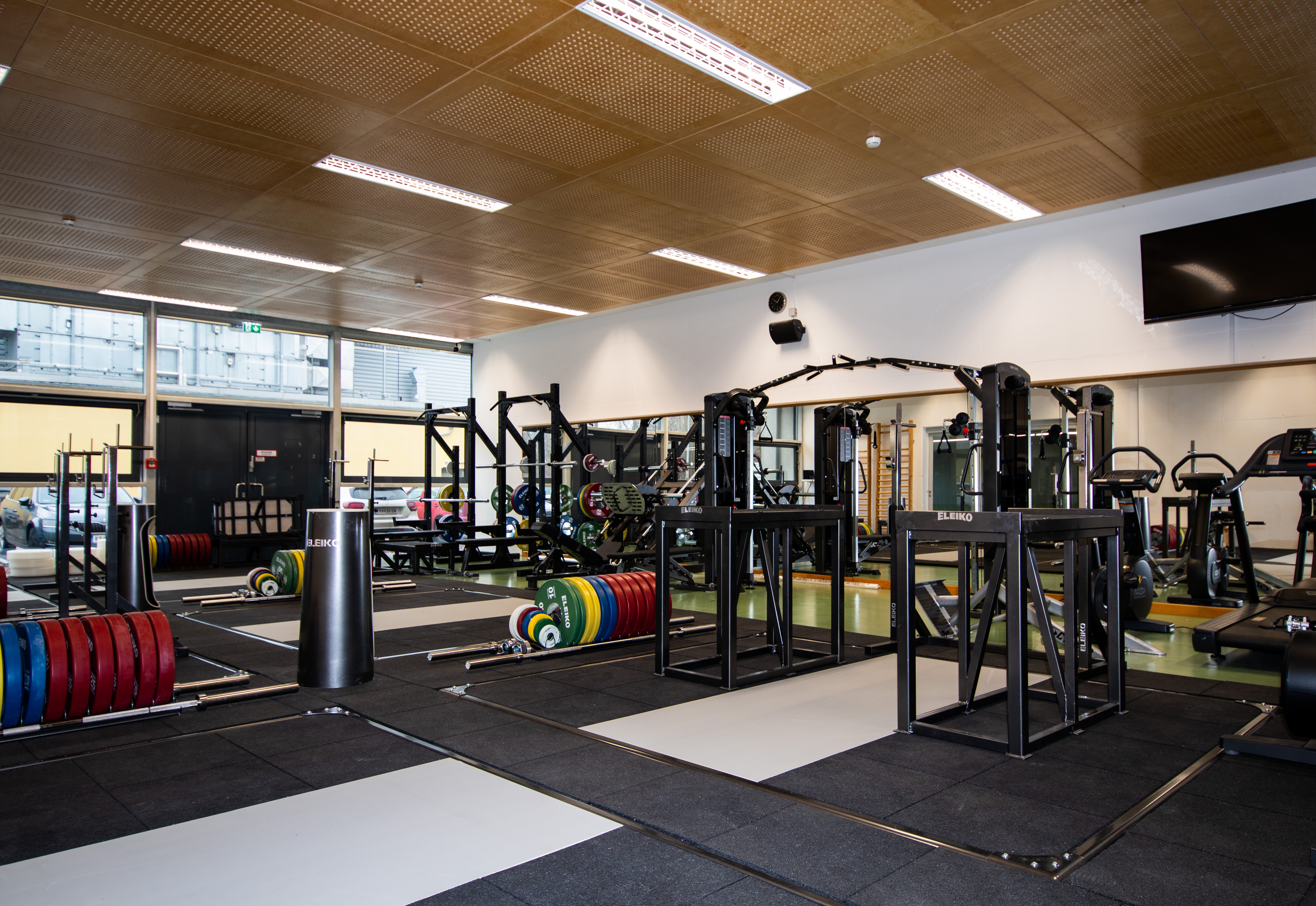 weightlifting room